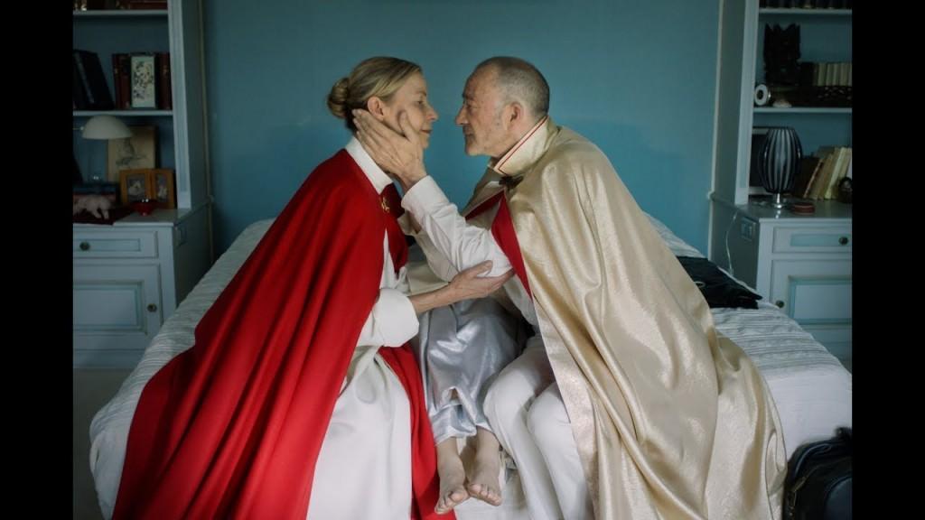 Un instante de 'Sirius', de Fréderic Mermoud, ambientada en la Masacre del Orden del Templo Solar. Fotografía cortesía de Filmin.