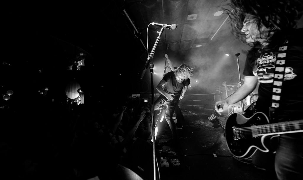 Uzzhuaïa, en un momento del concierto en la Sala Moon. Fotografía: Irene Bernad.