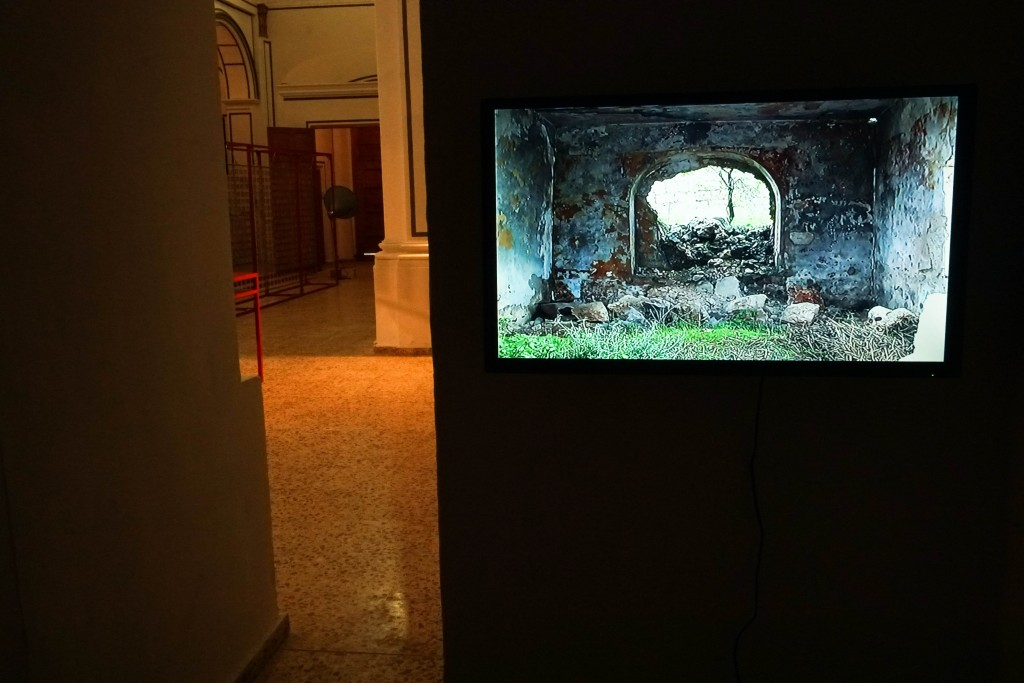 Vista de la exposición 'Ausencia, presencia en el habitar contemporáneo'. Imagen cortesía de la organización.