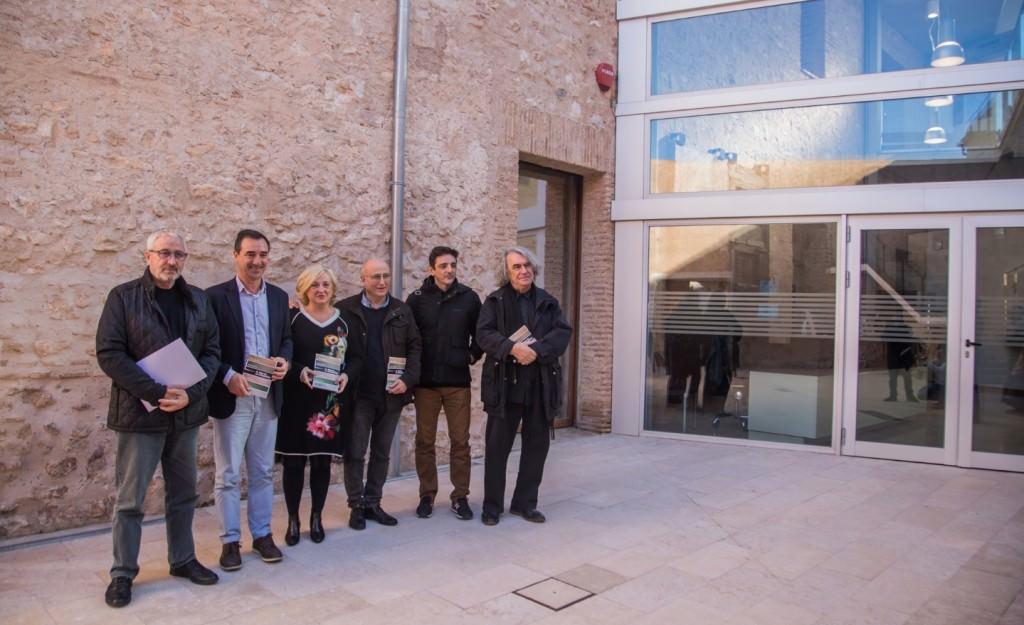 De izda a dcha, Paco Caparrós, Robert Raga, Alicia Ventura. Imagen cortesía del E CA de Riba-Roja.