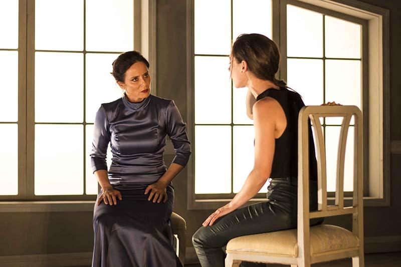 Escena de 'La vuelta de Nora'. Imagen cortesía de Teatro Olympia.