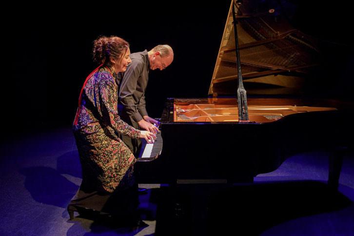 'Round About Mozart', con Martinez-Pierret & deChassy. ©RemiAngeli_Tours por cortesía del Palau de la Música.