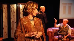 Iria Márquez, Chema Cardeña y Juan Carlos Garés protagonizan 'Shakespeare en Berlín'. Fotografía cortesía de Arden Producciones.