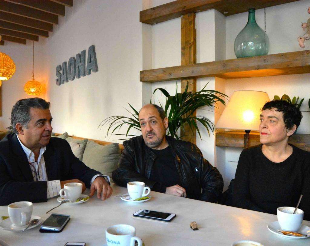 De izquierda a derecha, Nacho Agrait, Carlos Domingo y Mavi Escamilla. Fotografía de Merche Medina.