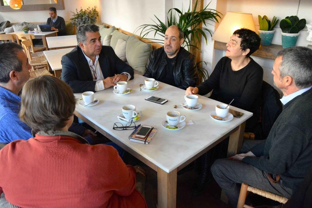 De izquierda a derecha, Merche Medina, Salva Torres, Nacho Agrait, Carlos Domingo, Mavi Escamilla y Vicente Chambó. Fotografía de Jose Ramón Alarcón.