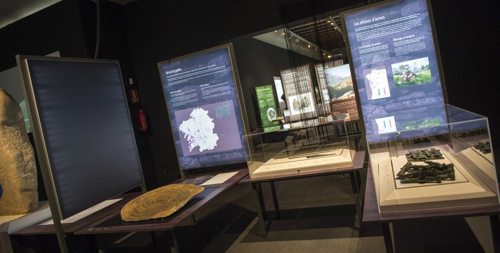 Vista de la exposición 'Galaicos. Un pobo entre dous mundos'. Foto de Abulaila por cortesía del Museu de Prehistòria.