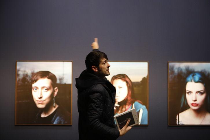 Jesús Madriñán en su exposición 'Mil noches y una noche'. Imagen cortesía del Centre del Carme.