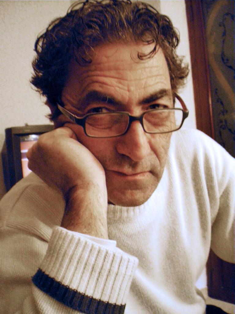 Retrato del artista Vicent Vidal. Fotografía cortesía de la EASD.