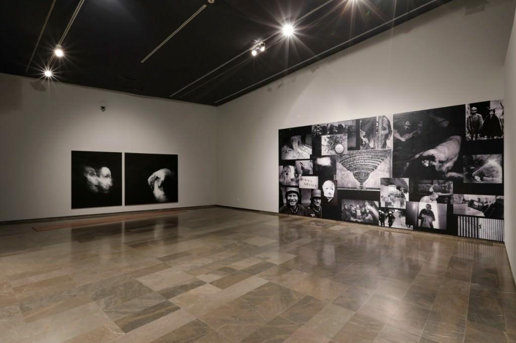 Vista de la exposición 'La desaparición de las luciérnagas', de Josep Tornero. Imagen cortesía del Centre del Carme.