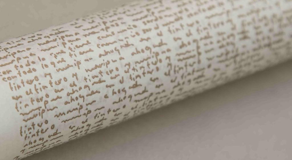 Detalle de la obra 'Poemas de soledad en Columbia University', de Shirin Salehi. Fotografía cortesía de Galería Ana Serratosa.