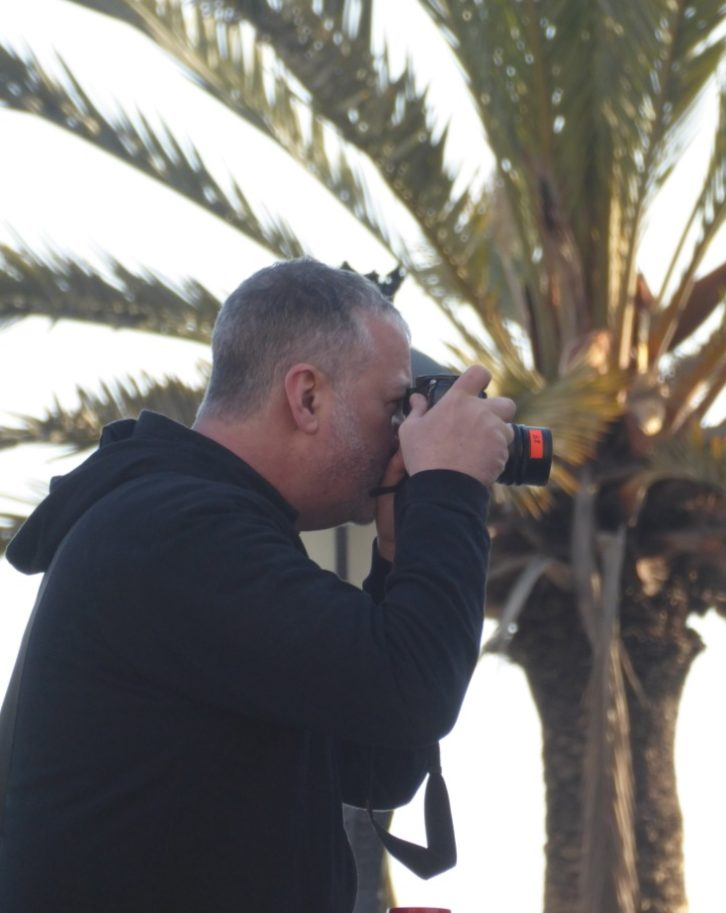 Spencer Tunick, durante su intervención fotográfica en Valencia. Foto: Begoña Siles
