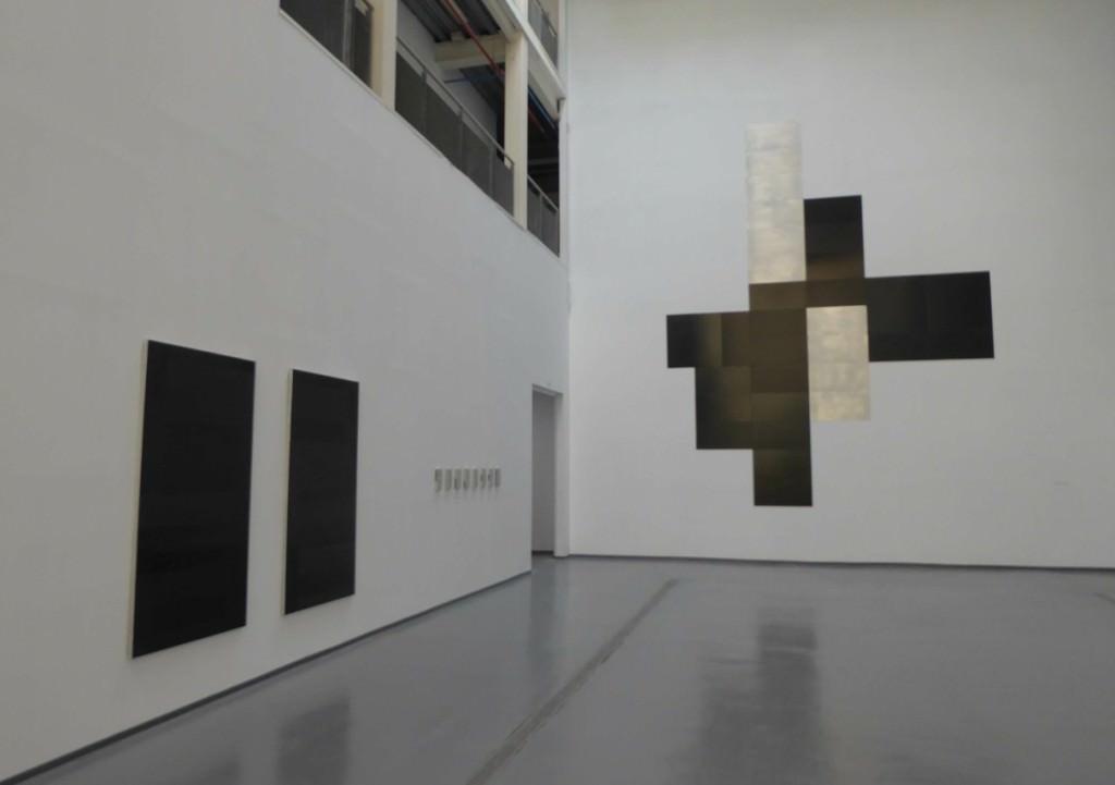 Vista de la exposición de José Sanleón. Foto: Makma.