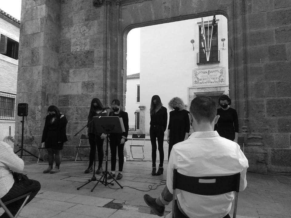 Las Sin Rostro, poetas