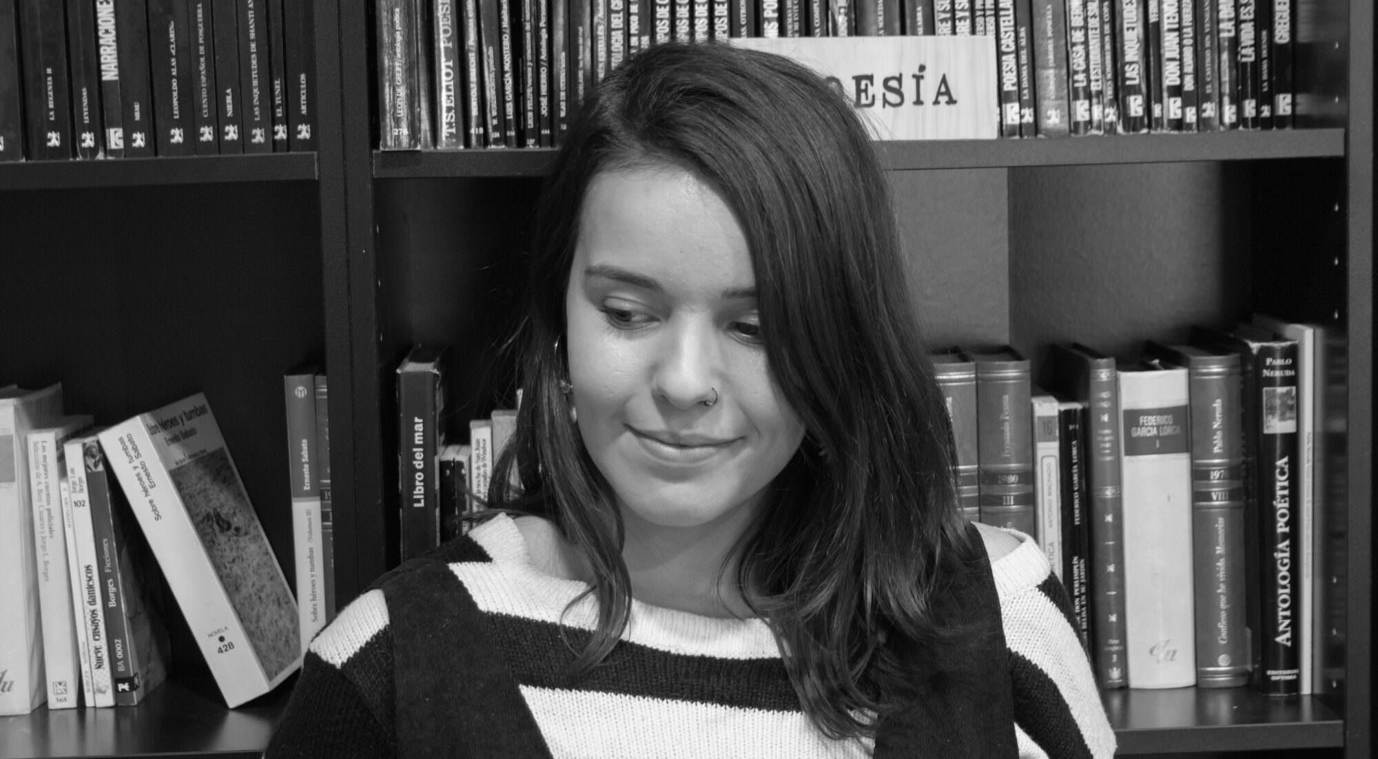 Sara Olivas, poeta