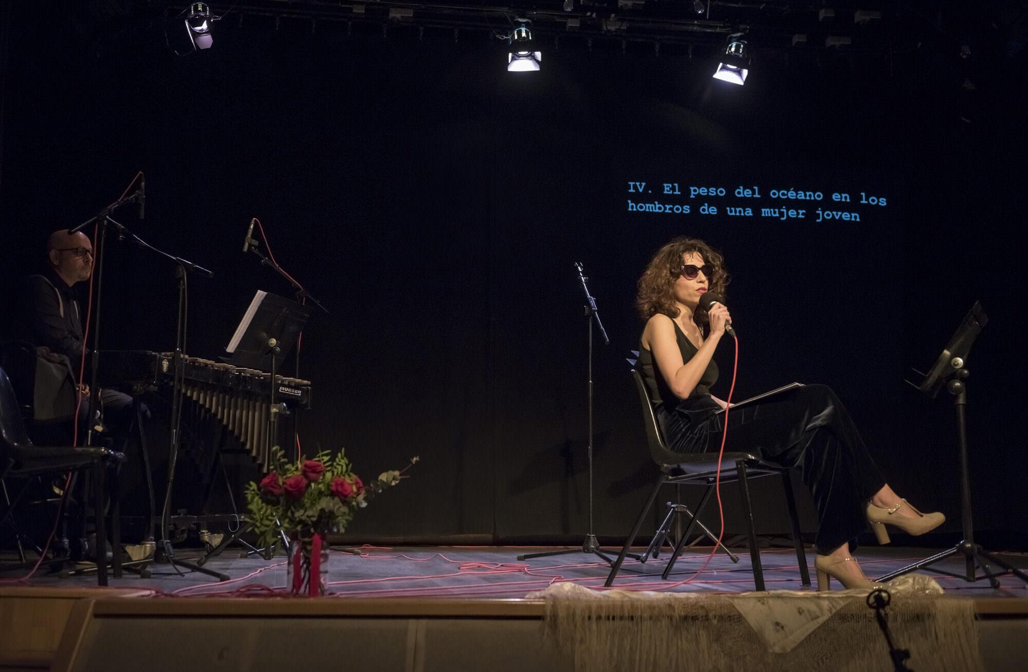 Un instante de 'Qué sabe nadie o les cançons de Penèlope', de La Peydro. Fotografía cortesía de Sala Russafa