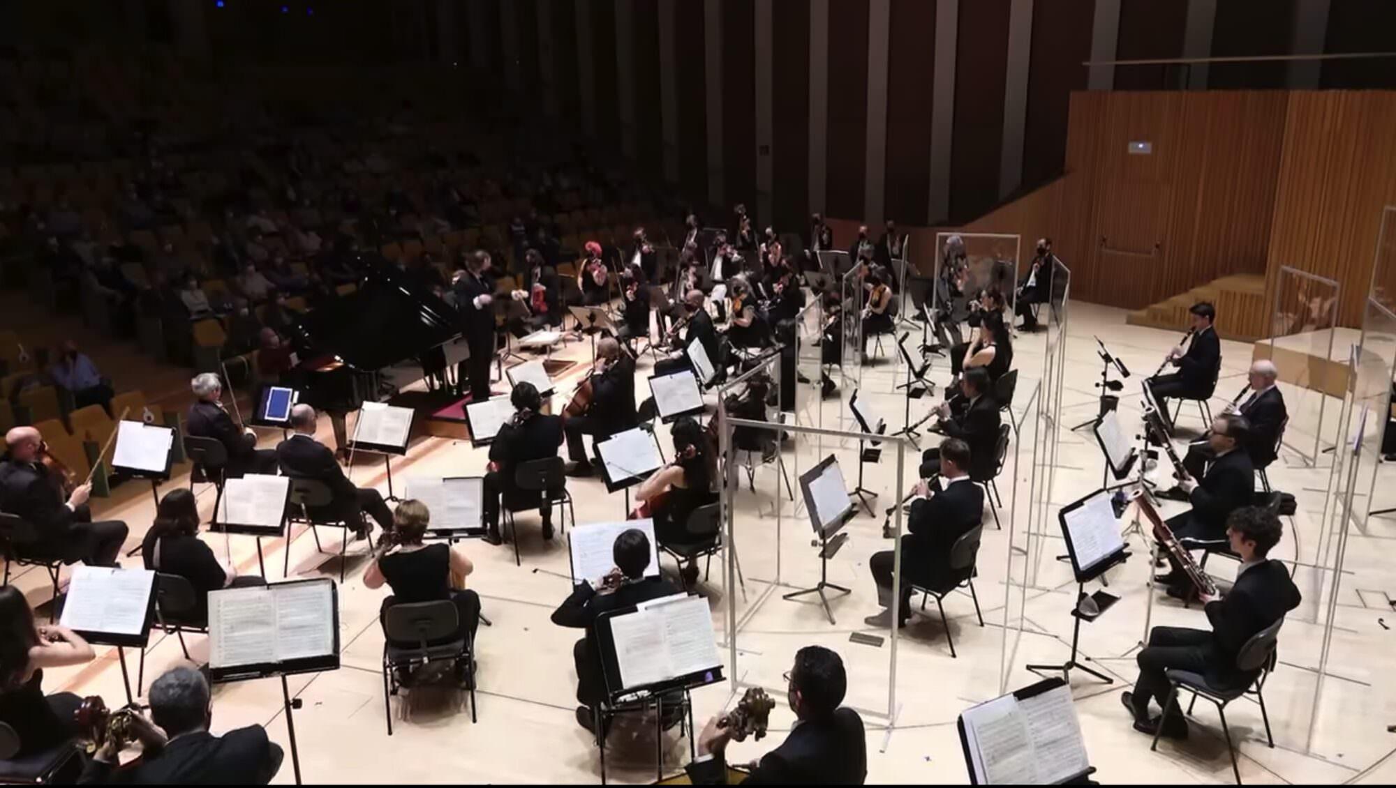 Orquestra Filharmònica de la Universitat de València.
